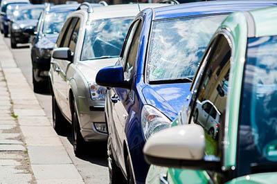 parking-cars-city-krakow