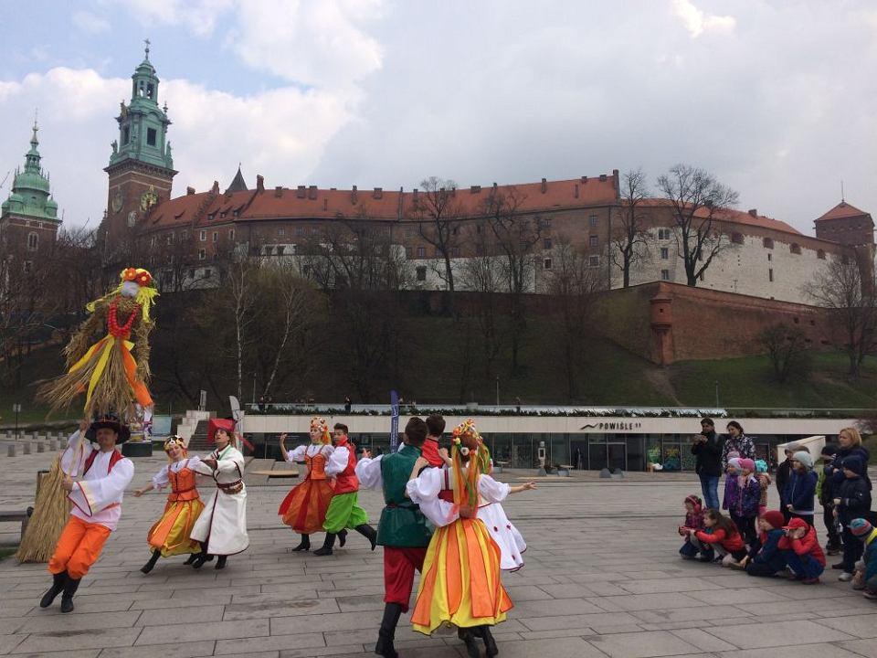 z21571160V,Cracovia-Danza---powitanie-wiosny-pod-Wawelem