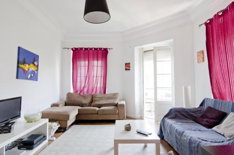 6-room-flat-center-lisbon-fully-furnished-new-484941ccec467d4e5404dec6b47c1b1f
