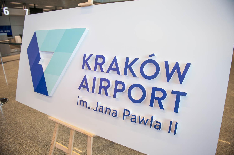 PHOTO KRZYSZTOF KALINOWSKI LOVEKRAKOW.PL KRAKOW PREZENTACJA NOWEGO LOGO LOTNISKA  2017-05-18 KRAKOW AIRPORT BALICE