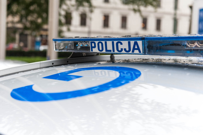 PHOTO KRZYSZTOF KALINOWSKI LOVEKRAKOW.PL KRAKOW PRZEKAZANIE RADIOWOZOW POLICYJNYCH PRZEZ URZAD MIASTA  N/Z RADIOWOZ 2015-10-13 RADIOWOZ POLICJA NOWE PRZEKAZANIE