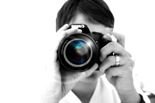 photographer-67127_640