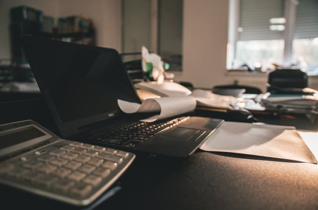 business-calculator-computer-2903063