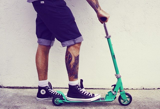 scooter-1605608_640