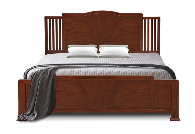 wooden-bed-4855818_640