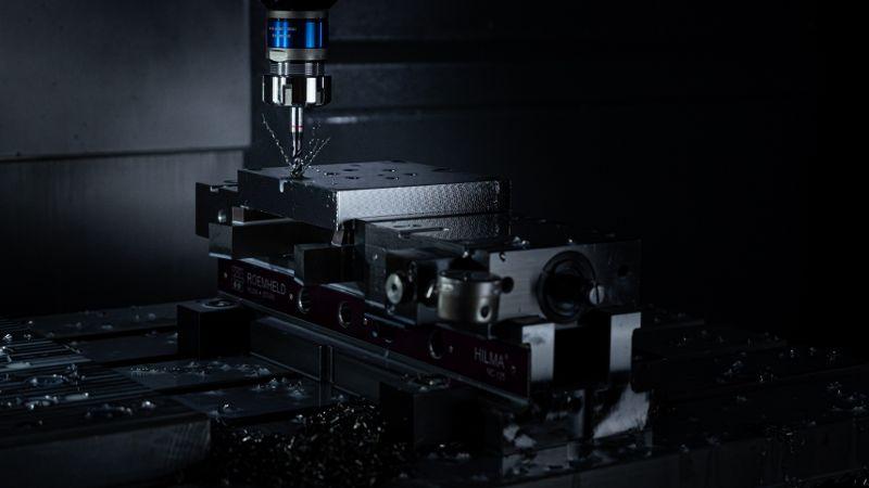 10 maszyna cnc_800x450