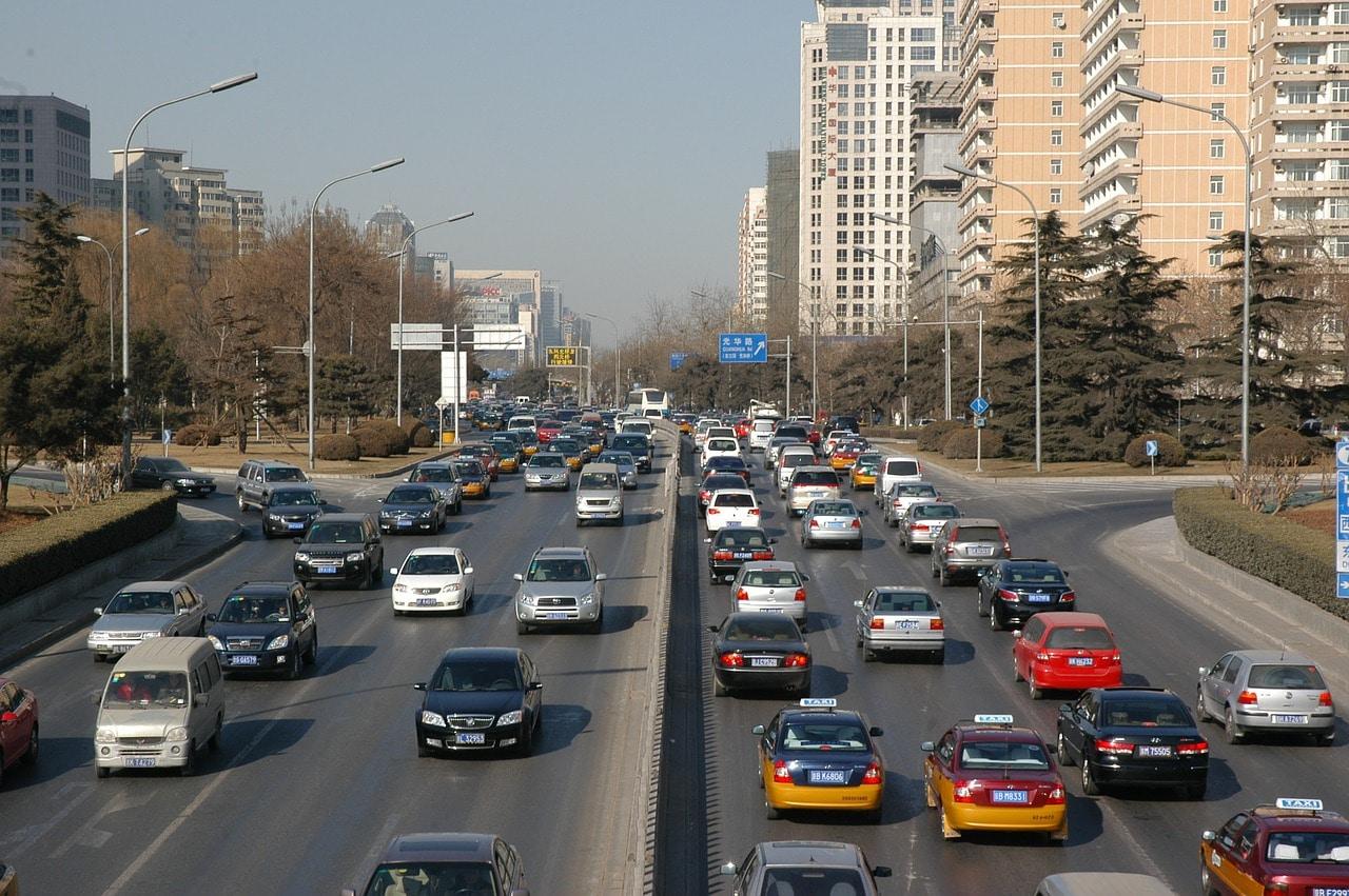 traffic-15888_1280